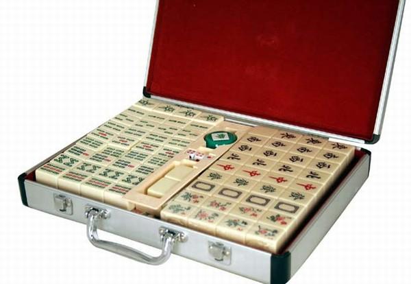 Traditional Chinese Version Mahjong Set W Aluminum