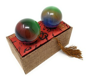 Artificial Tiger Eye Crystal Gemstone Quartz Chinese Health Stress Exercise Baoding Balls (Rainbow)