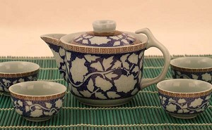 Exquisite 5 PCS Porcelain Tea Set In Beautiful Color Gift Box