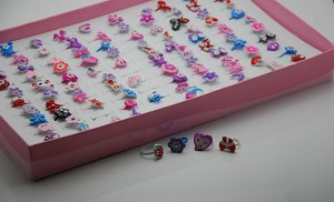 A Box Of 100 Girl's Fashion Rings